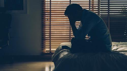 دليلك غير الشامل للانتحار والاكتئاب