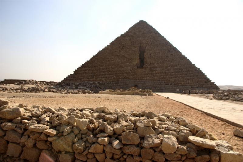 Пирамида Микериноса в Египте