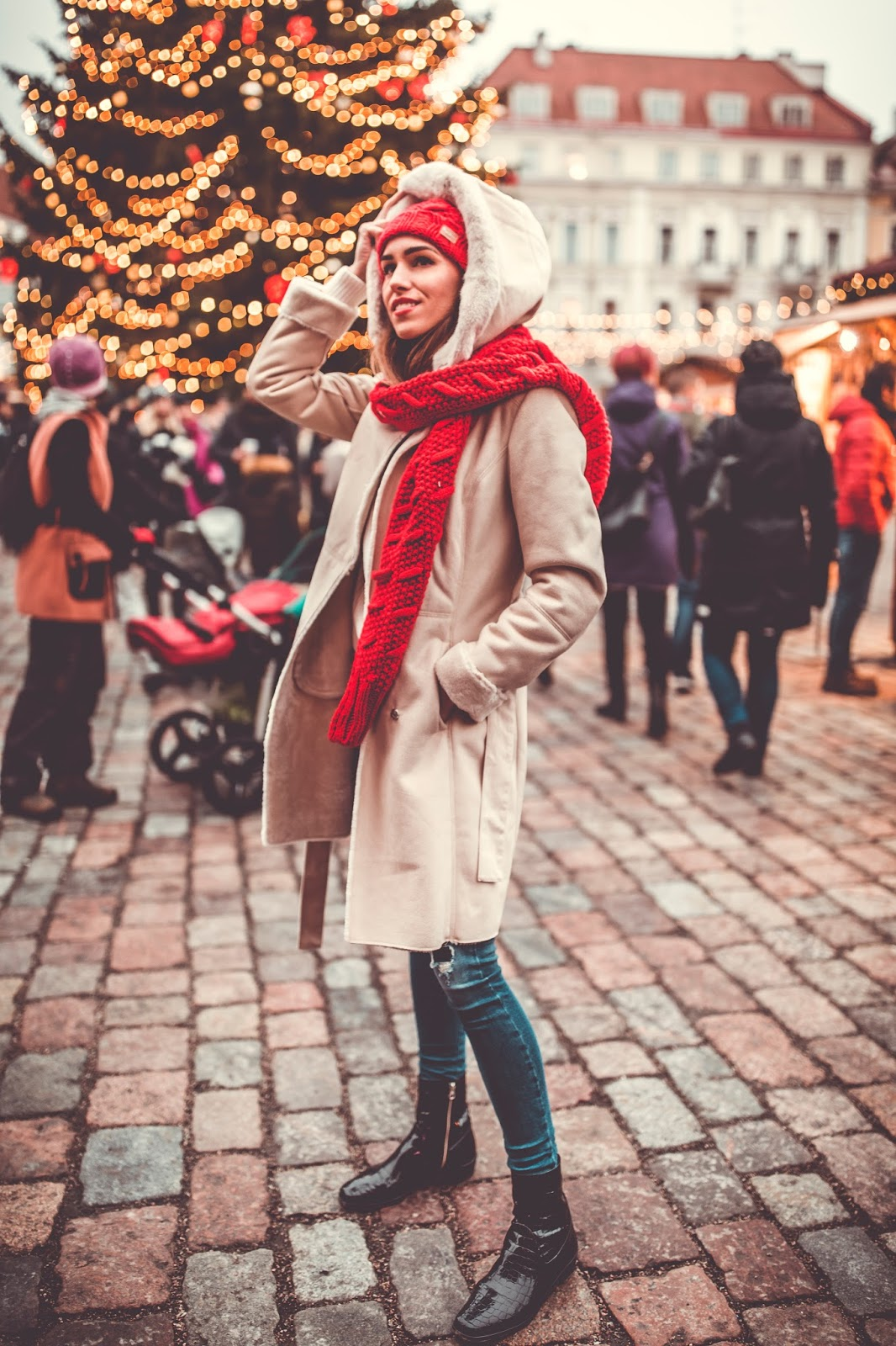 tallinn winter christmas market outfit casual