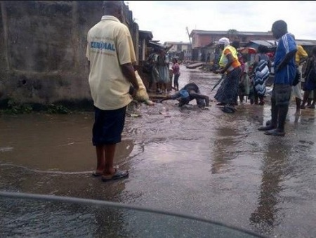 Shocking! Man Parks His SUV, Jumps Into Canal and Drowns in Lagos