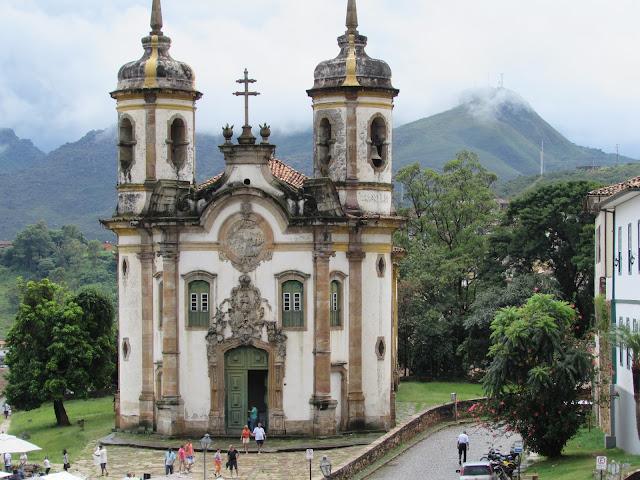 Como chegar a Ouro Preto de carro, ônibus e agência de Turismo