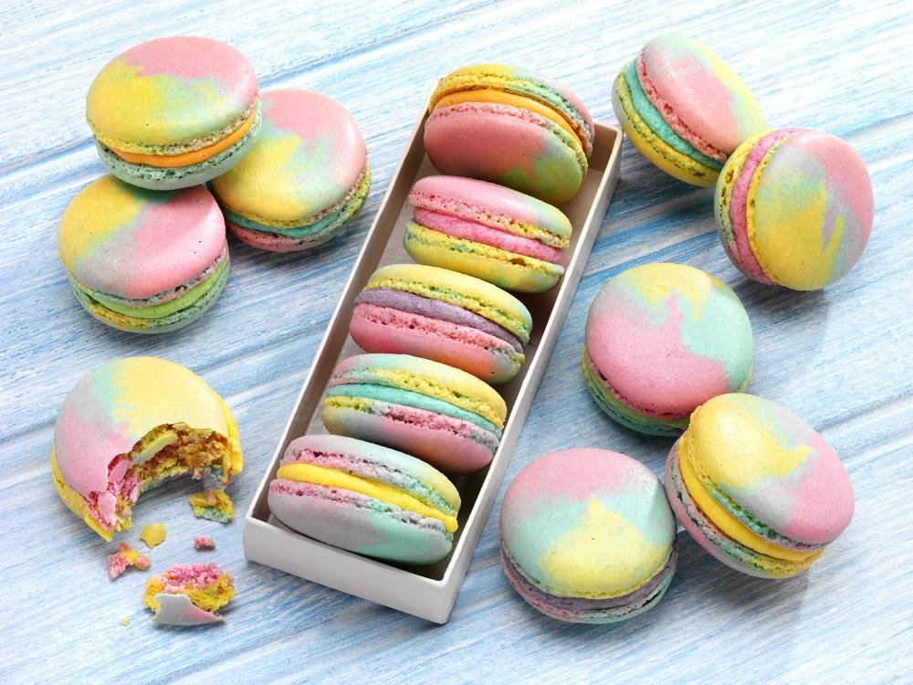 How To Make Rainbow Macaroons