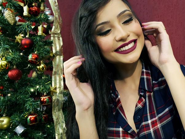 Maquiagem Fácil para o Natal Brilho Batom Vinho Nitielle Mendes