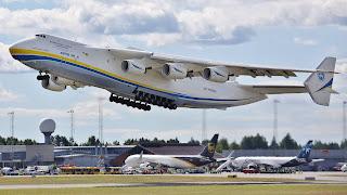 Στο «Ελευθέριος Βενιζέλος» το μεγαλύτερο αεροπλάνο του κόσμου – Χωράει και διαστημικό λεωφορείο