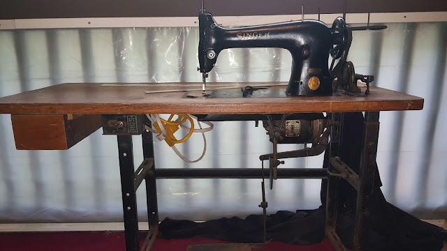 The Project Lady Industrial Singer 4040 Sewing Machine Makeover Delectable Industrial Singer Sewing Machine For Sale