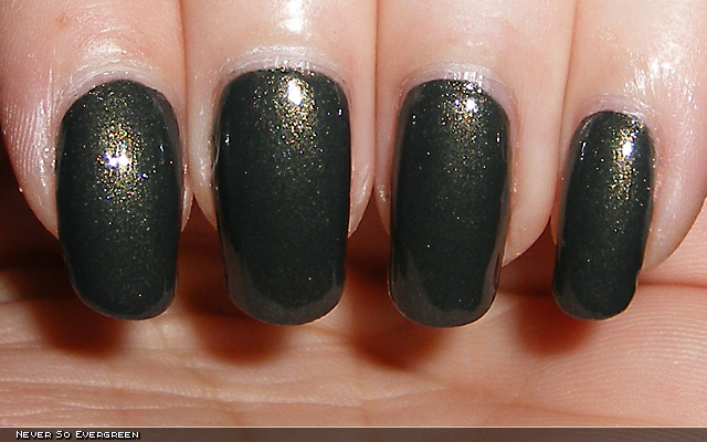 xoxoJen's swatch of Diamond Never So Evergreen