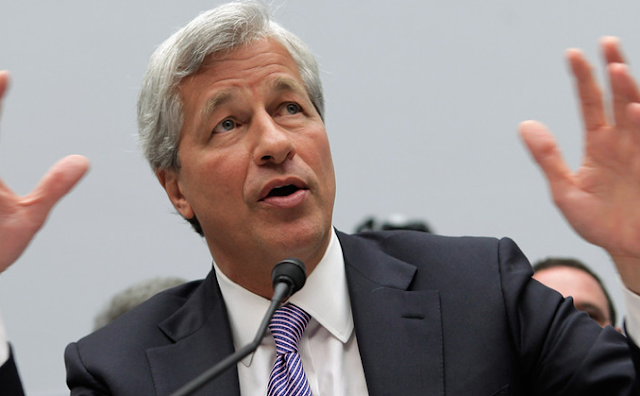 JPMorgan Chase CEP Jamie Dimon says he could beat Trump in a presidential race because he's 'smarter than he is'