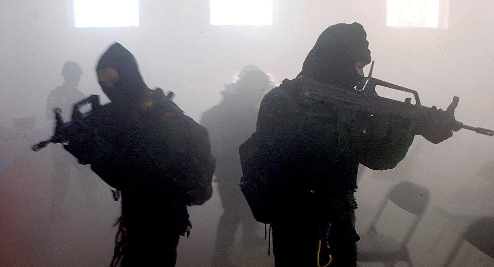 SEGURANÇA NACIONAL SNB: Engenheiros chineses elaboram 'AK-47