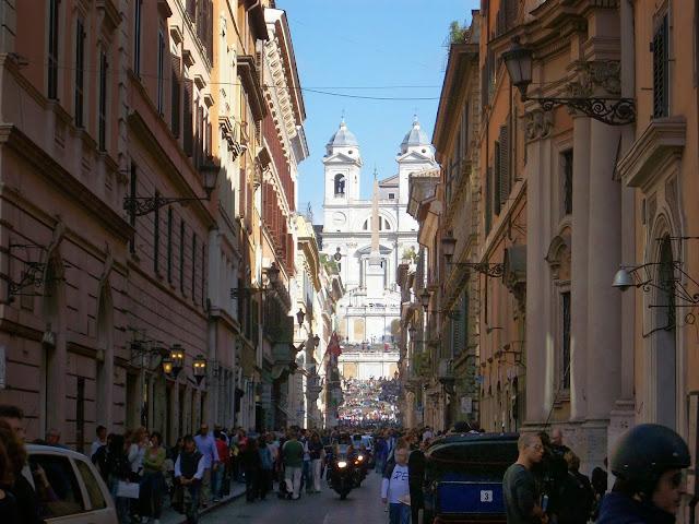 escalinata de la trinidad del monte en roma