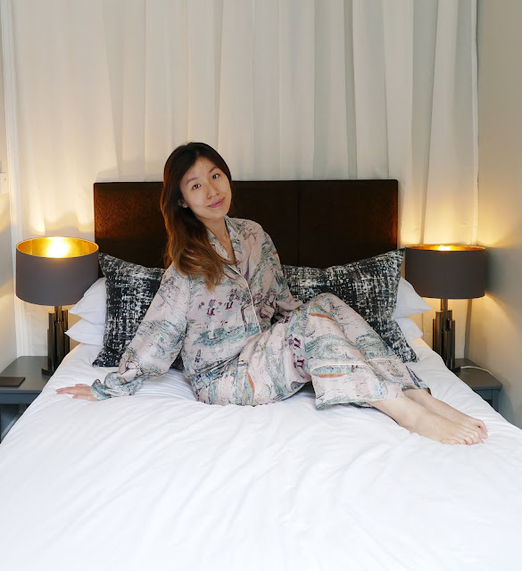 Katherine hooker review, katherine hooker London, katherine hooker London reviews, katherine hooker blog reviews, katherine hooker silk pyjamas, silk pyjama set London, Kate Middleton fashion