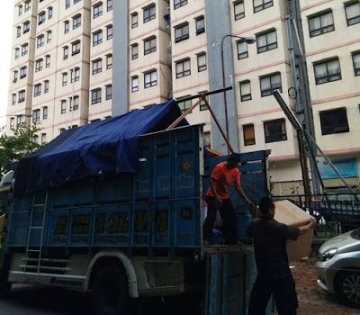 Sewa truk Depok ke Surabaya
