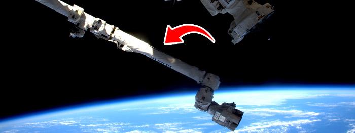 meteoroide atinge estação espacial