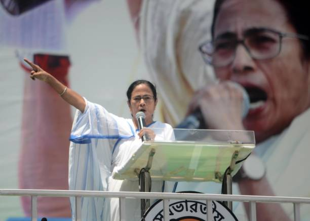West Bengal: - Before the West Bengal Assembly elections, Chief Minister Mamata Banerjee's public meeting in Medinipur, what message she will give about Shuvendu Adhikari and what message she will give to the party workers about the upcoming elections are significant.