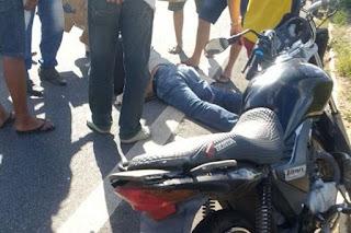 Acidente na BR-104 deixa  vendedor ararunense ferido