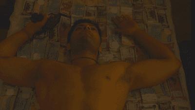 Guddu bhaiya laid on money | Mirzapur Meme Templates