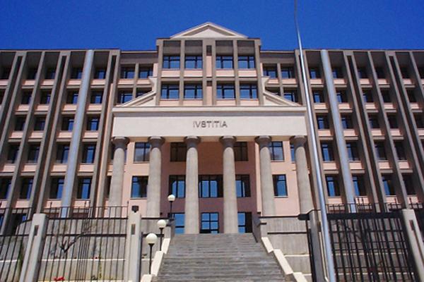 Pedina E Minaccia Ex Moglie: A Giudizio 43enne Accusato Di Stalking