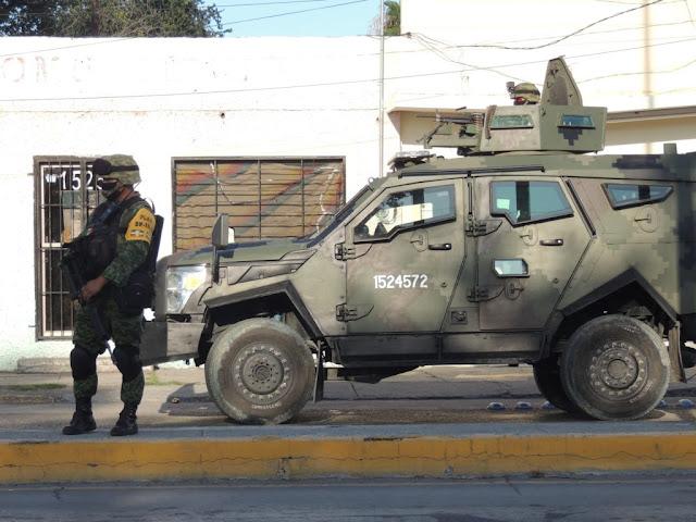 Un enfrentamiento entre Guardias Nacionales contra Elementos de La Marina que resultaron se Sicarios del Cártel del Noreste desata terror en N. Laredo, Tamaulipas