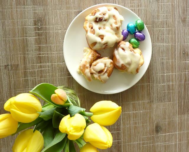 Easter Sweets, faded windmills, Easter treats, homemade cinnamon rolls, cinnamon swirl recipe, handmade, baking, lifestyle, lbloggers, spring time recipe