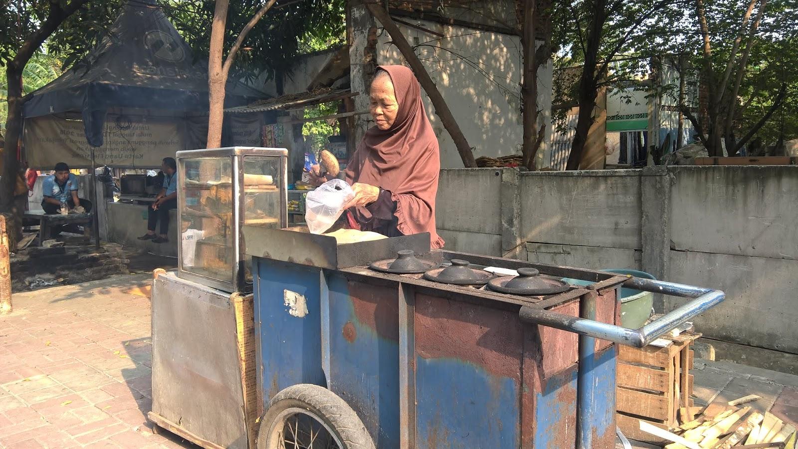 Penjual Serabi