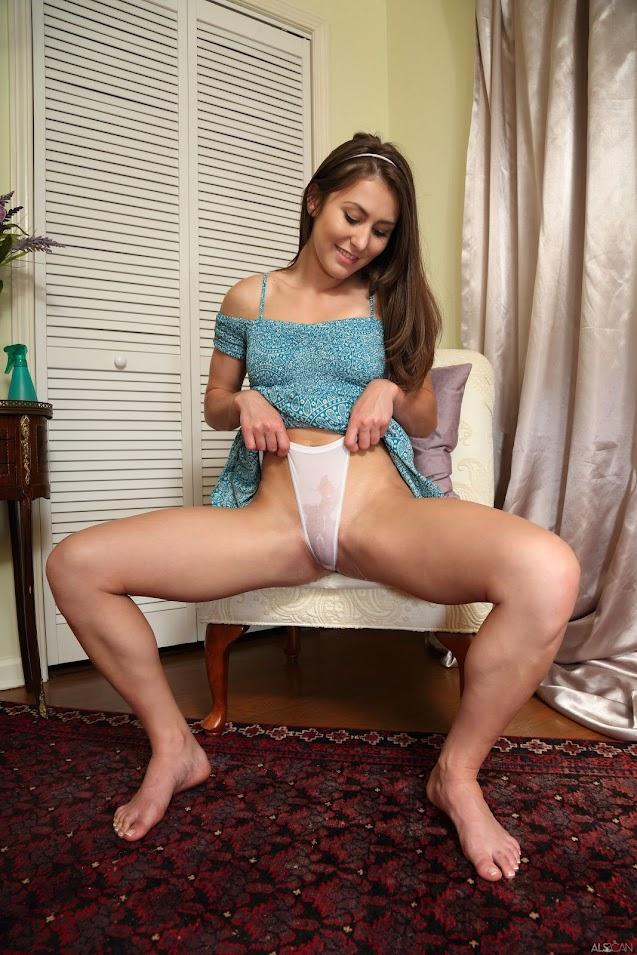 Paige Owens Peak Form