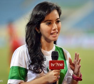 Putri Violla Presenter Olahraga Tercantik