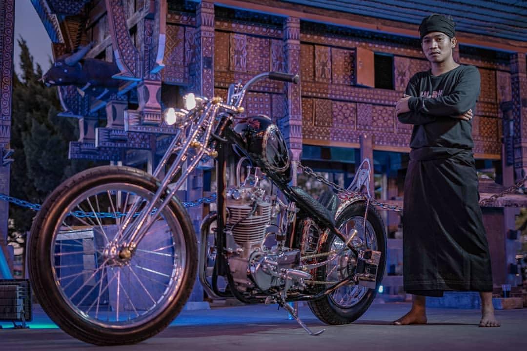 Kebebasan, Kebanggaan & Budaya - Yamaha SR400 Chopper