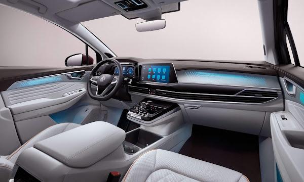 Volkswagen Talagon - interior - espaço dianteiro