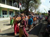 Kirab Budaya Dalam Rangka Haul Syech Nur Bayyin Berlangsung Meriah