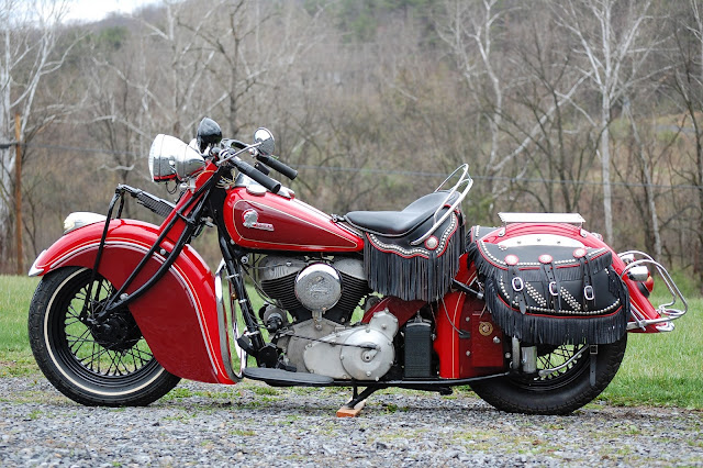 Indian Chief 1953 Front look, Tail Look