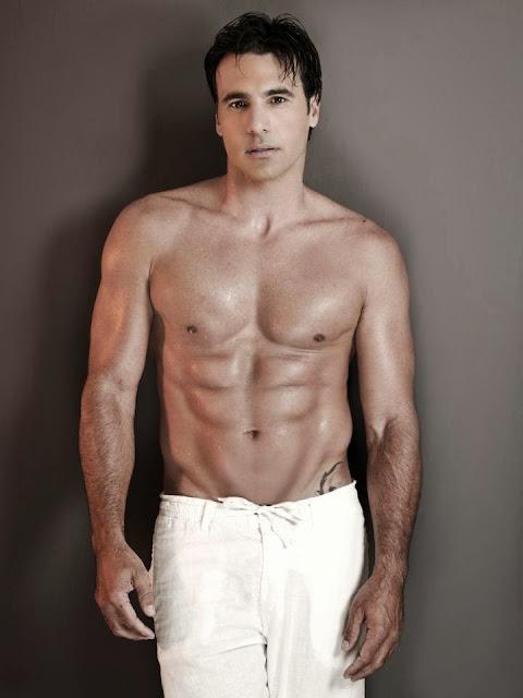 Juan Carlos Garcia es gay homosexual pato pargo marico pareja novio