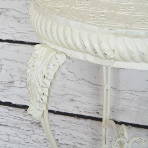 How To Paint Metal Furniture When Spray Painting Isn't An Option