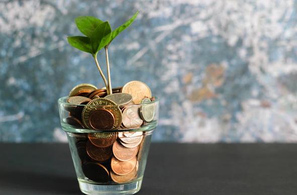 Ilustrasi Mengeloala keuangan kecerdasan finansial