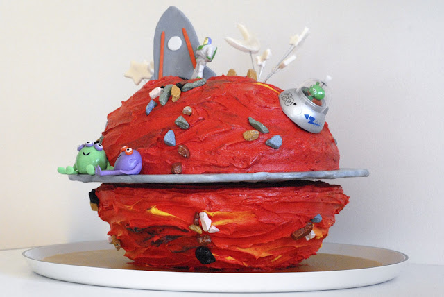 Night Baking: mars cake for a special 5th birthday celebration