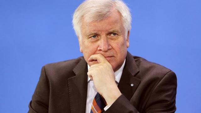 Ζεεχόφερ: Αν δεν βοηθήσουμε Ελλάδα και Τουρκία, οι μετανάστες θα φτάσουν και στη Γερμανία