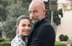 Gwen McTavish Graham McTavish's Biography , Wife Age, Family, Instagram