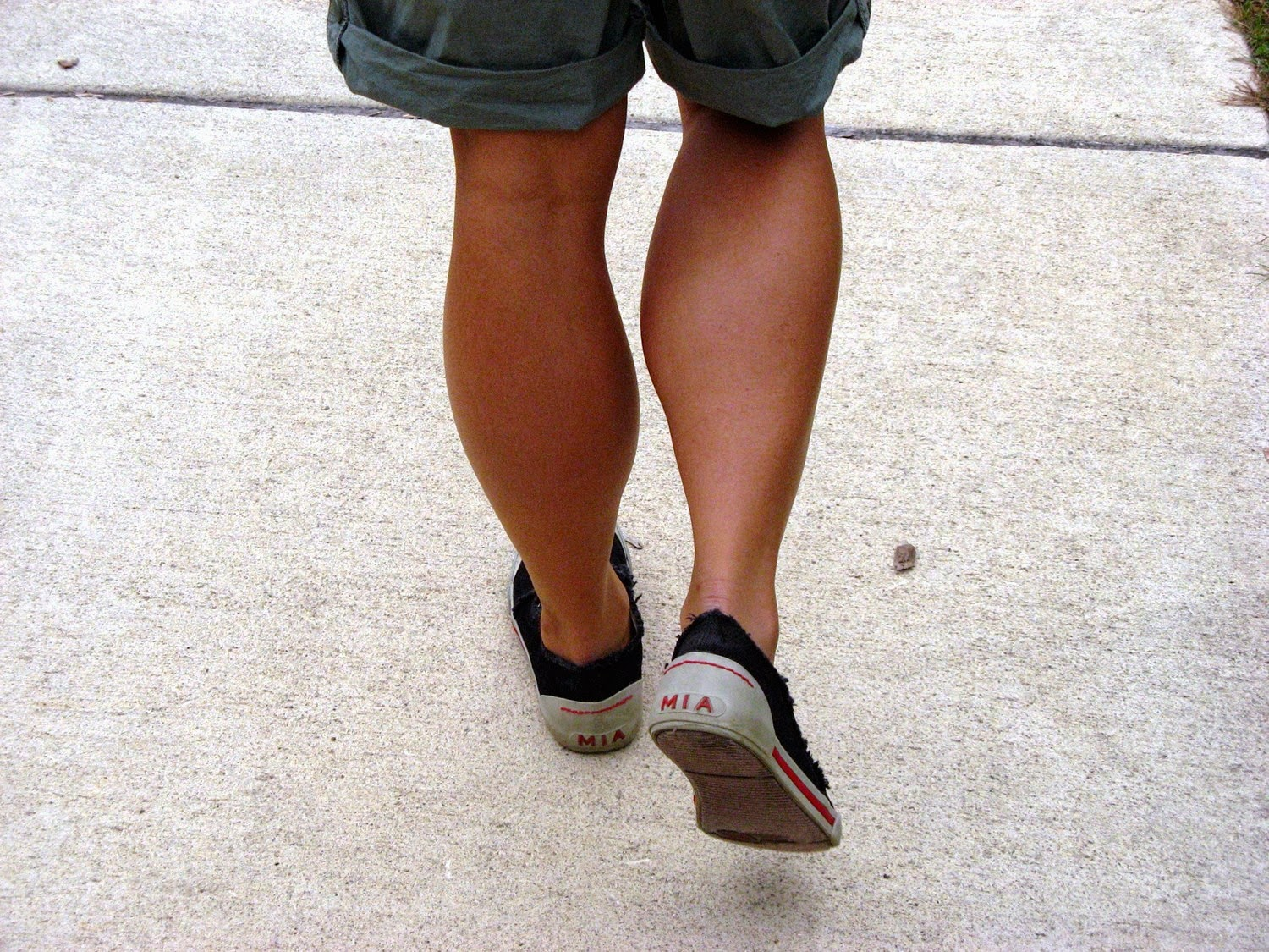 Her Calves Muscle Legs Woman With Large Calves - Set 1