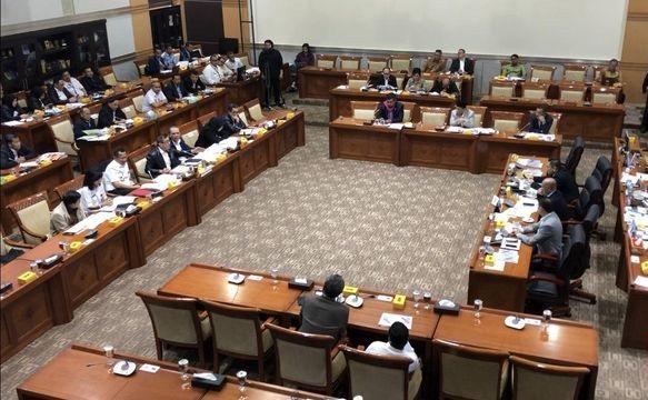 Tak Sepakat Jabatan Presiden 3 Periode, Politikus Senayan Tolak Amendemen UUD