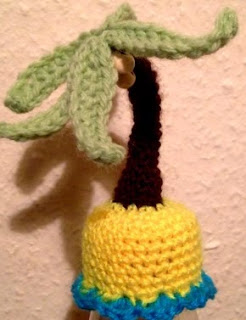 http://www.thebigknit.devonartist.co.uk/YourPatterns/PalmTree.pdf