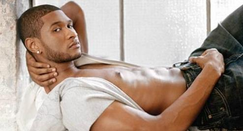 Usher publica foto desnudo en Twitter
