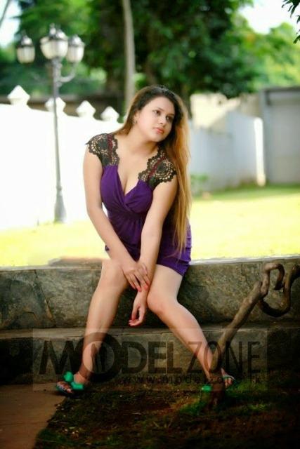 Shani Perea Hot Image