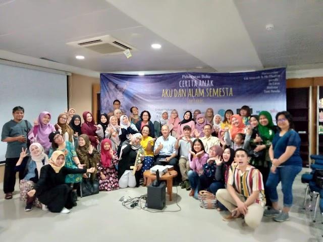 Perempuan Punya Karya (Launching Buku Cerita Anak :  Aku dan Alam Semesta, Buku Solo Ke Delapan Karya De Laras)