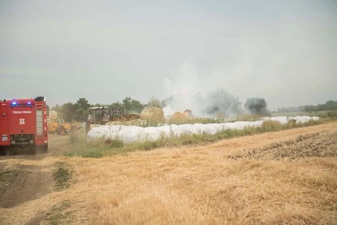 Körbálák lángoltak Hajdúszoboszlónál