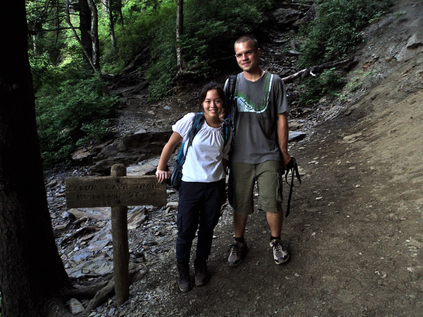 what to wear on a first date hiking