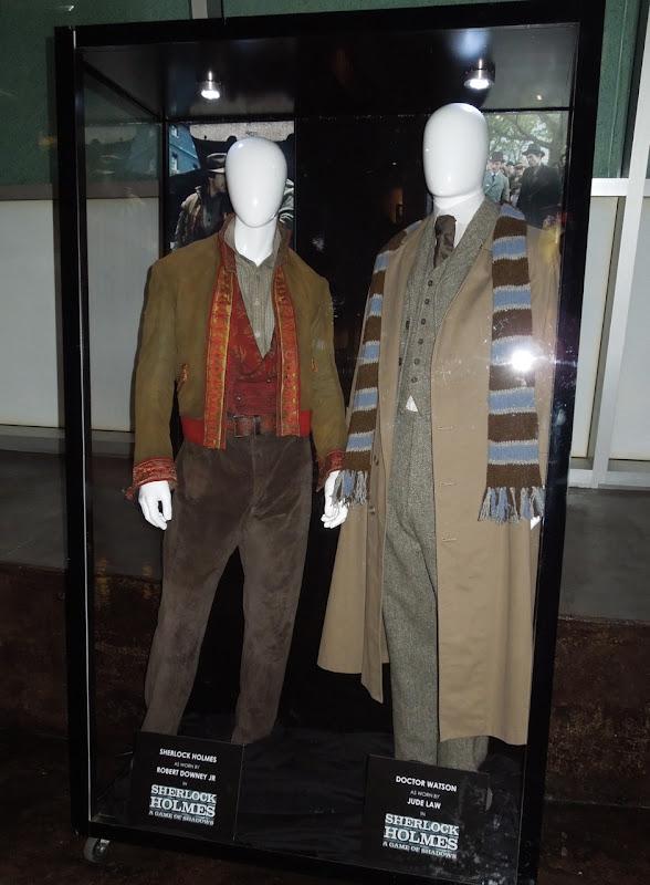Sherlock Holmes 2 movie costumes