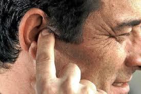 Los zumbidos en los oídos