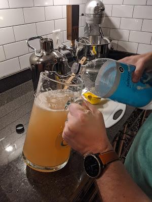 Homemade Ginger Ale Recipe | www.kristenwoolsey.com