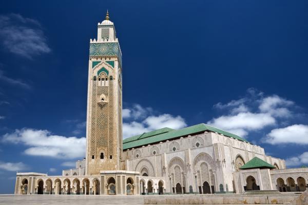 تدابير صارمة لحماية المصلين بمسجد الحسن الثاني من كوفيد – 19