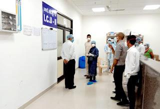 मेडिकल कॉलेज के कॉविड हॉस्पिटल के आईसीयू का निरीक्षण किया