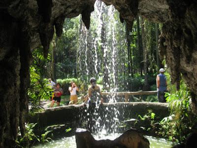 Cachoeira na Praça da Luz, São Paulo. Foto do blog Ligado em Viagem