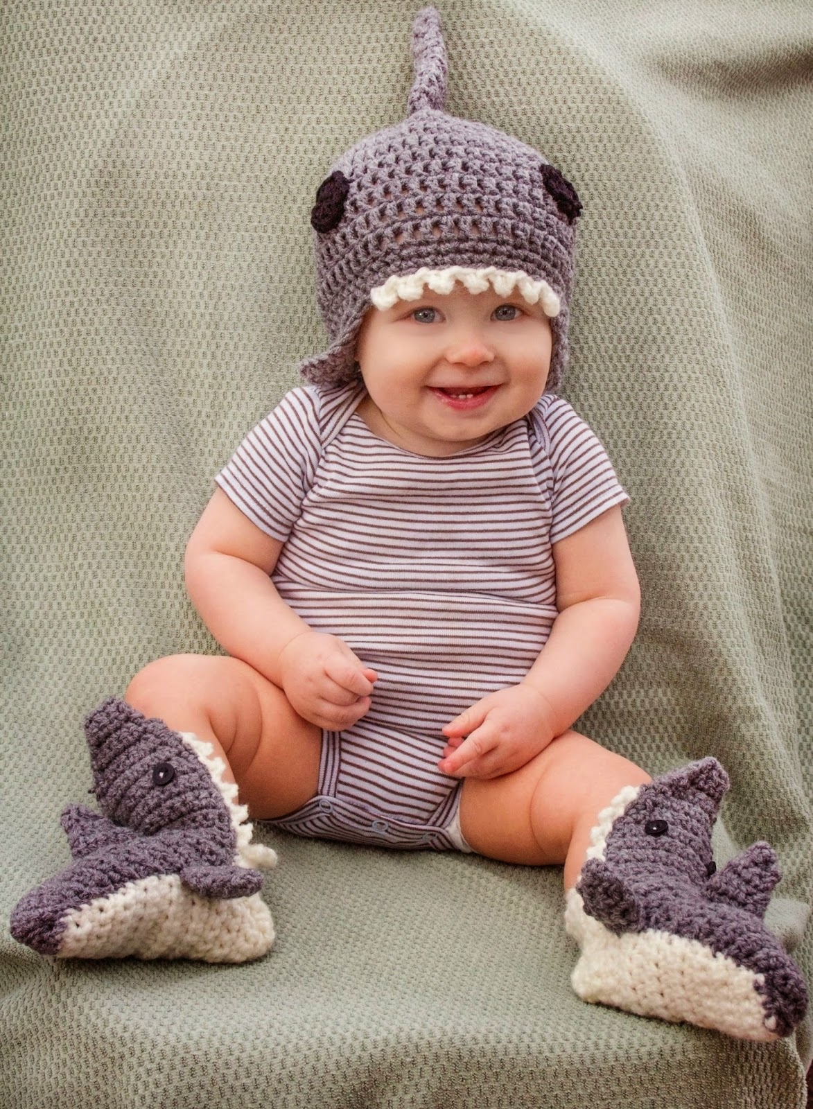 59d96740c2f Fiber Flux  Sharks! 4 Fun and Free Crochet Patterns...